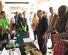 Pegawai Kanan Program Tanah Bencah Setiu WWF-Malaysia, Dr. Wan Faridah Akmah Wan Jusoh (dua dari kiri) memberi penerangan mengenai kitar hidup kelip-kelip kepada Pengarah UPEN Terengganu, Tuan Haji Zainal Abidin bin Husin serta beberapa tetamu lain. Turut hadir, Ketua Pegawai Eksekutif WWF-Malaysia, Dato' Dr. Dionysius S. K. Sharma dan Pengarah MOTAC Terengganu, Cik Zanariah Zakaria.