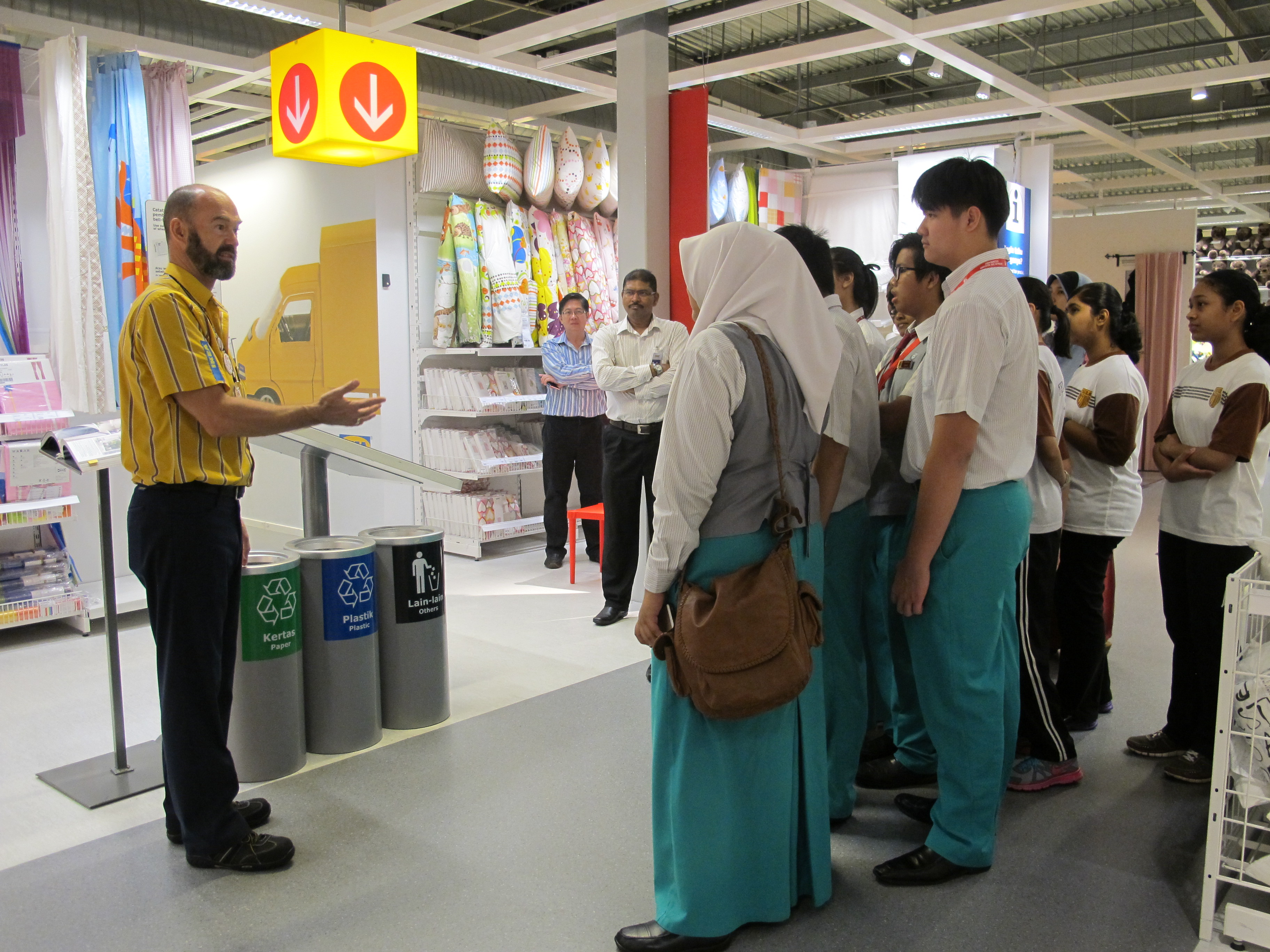 wwf malaysia join hands with ikea malaysia for eco schools. Black Bedroom Furniture Sets. Home Design Ideas