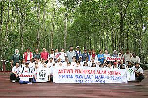 Aktiviti Pendidikan Alam Sekitar di Hutan Paya Laut Matang, Perak (Environmental Educational activity of Mangrove Forest in Matang, Perak), Malaysia